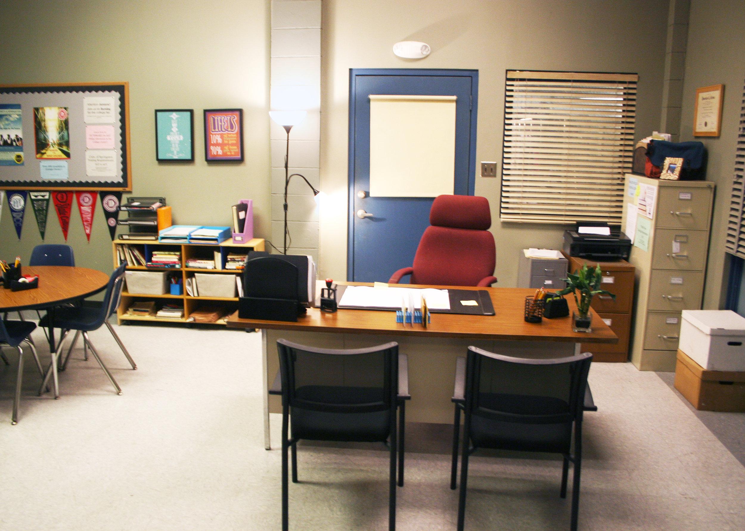 Capital Arts Set, High School Guidance Office