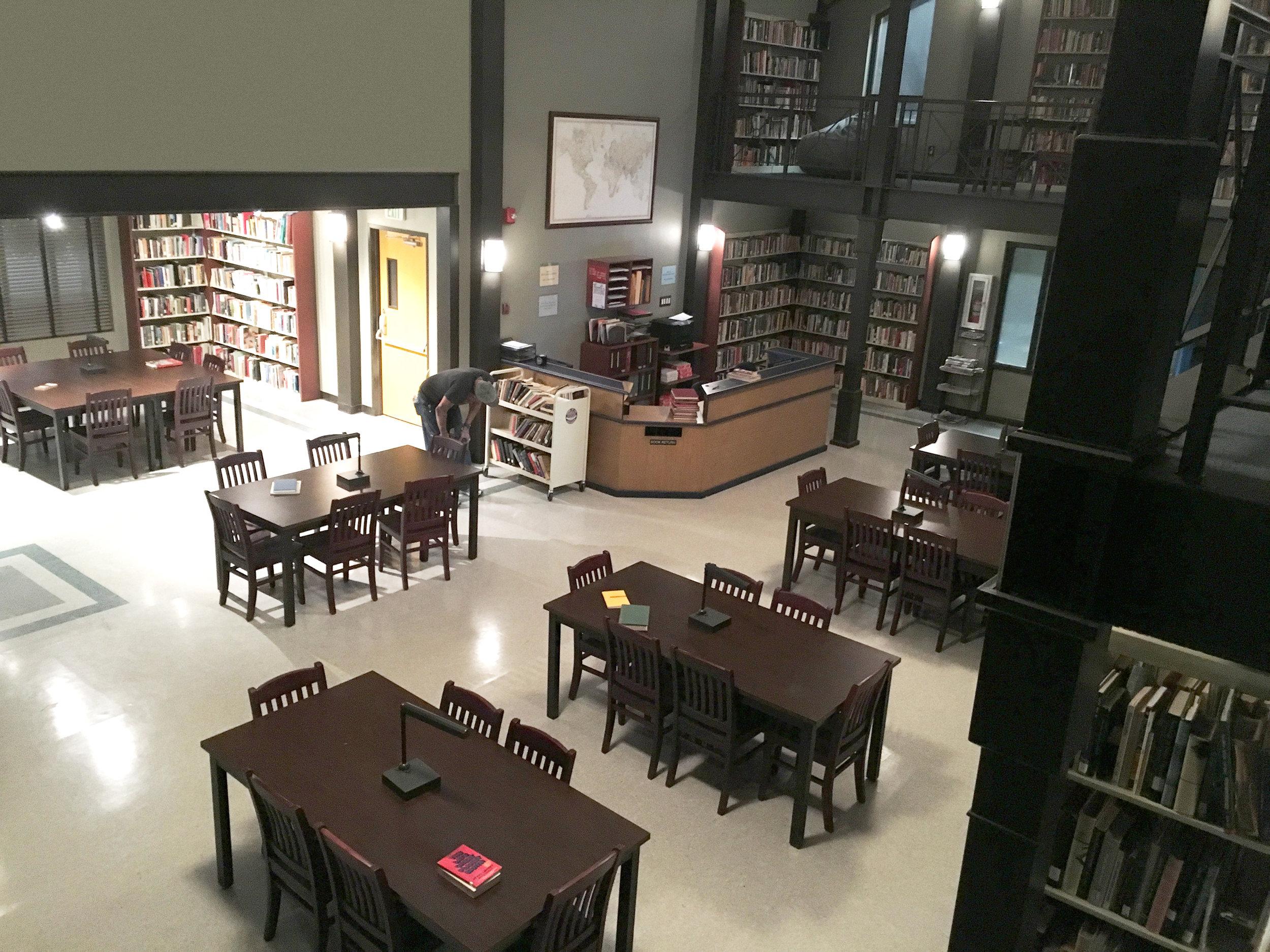 Capital Arts Set, Library
