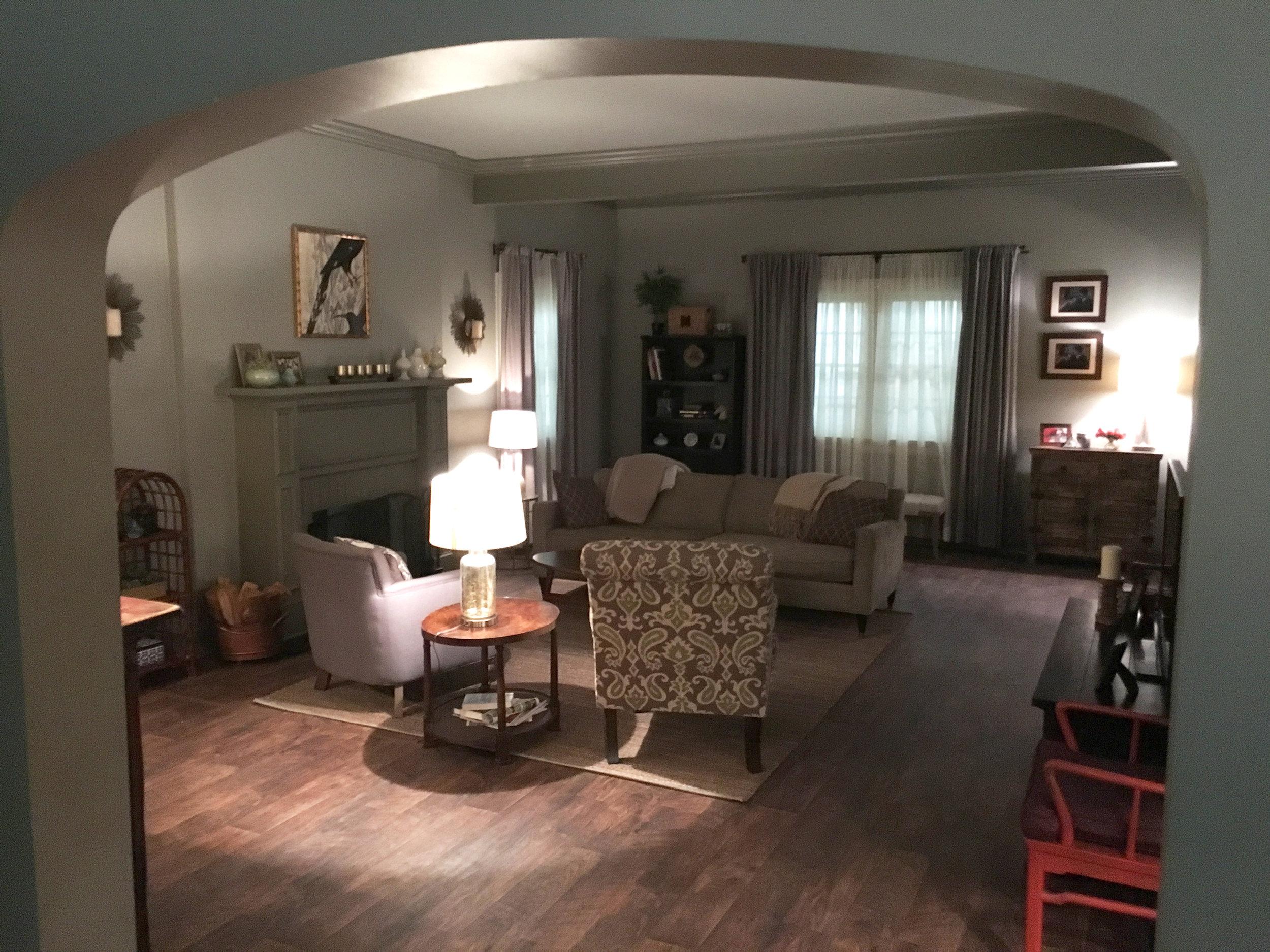 Capital Arts Set, Family Home