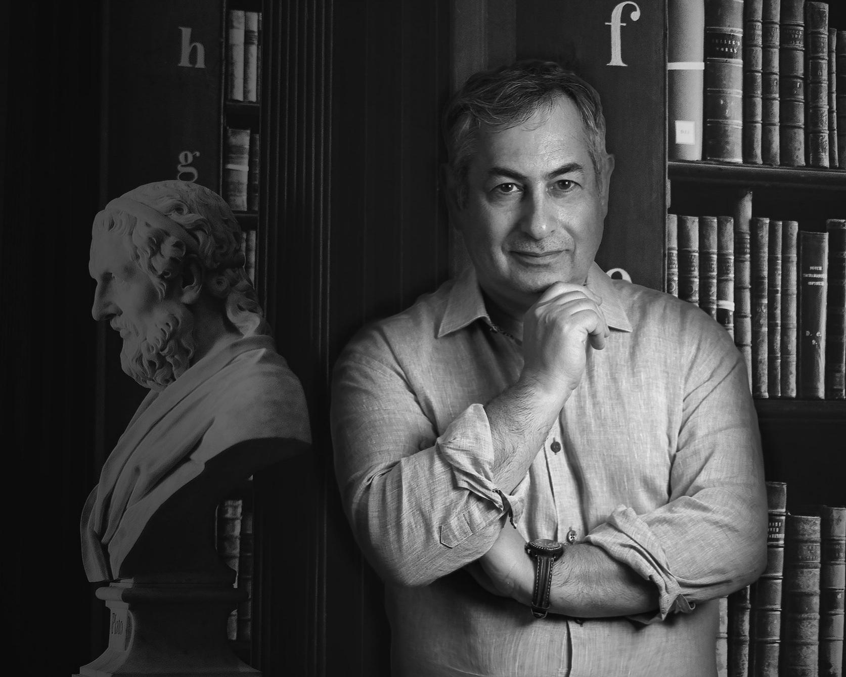 ArI Kalayciyan Portrait.jpg