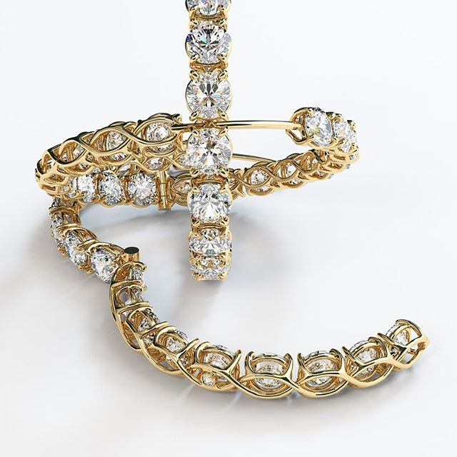 Custom made hoops with more than 4ct TW diamonds set in beautifully designed 14k gold earring setting. ⠀⠀ .⠀⠀ .⠀⠀ .⠀⠀ #hoops #earrings #jewelry #fashion #jewelrygram #handmade #diamonds #accessories #handmadejewelry #jewellery #style #gold #fashionjewelry #earringsoftheday #diamondhoops #jewelrylover #goldhoops #jewelryaddict #designerjewelry
