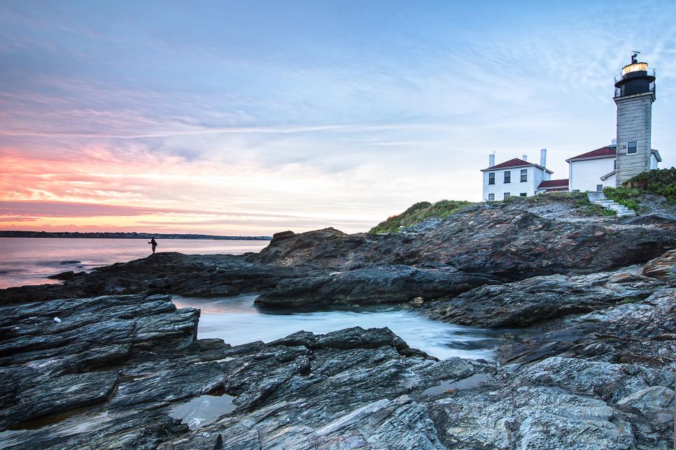beavertail lighthouse.jpg