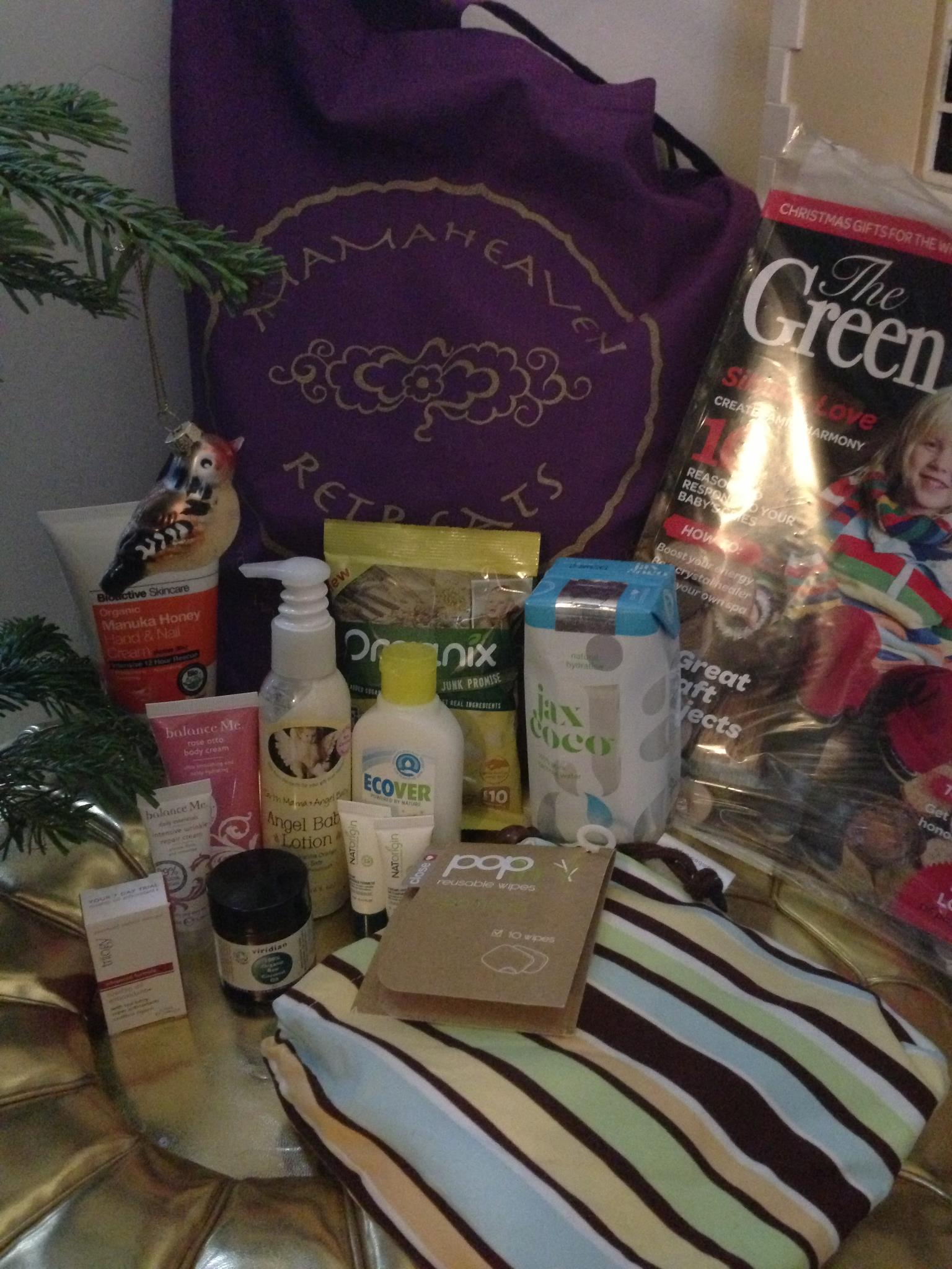 Mamaheaven goodie bag Dec 2012.jpg