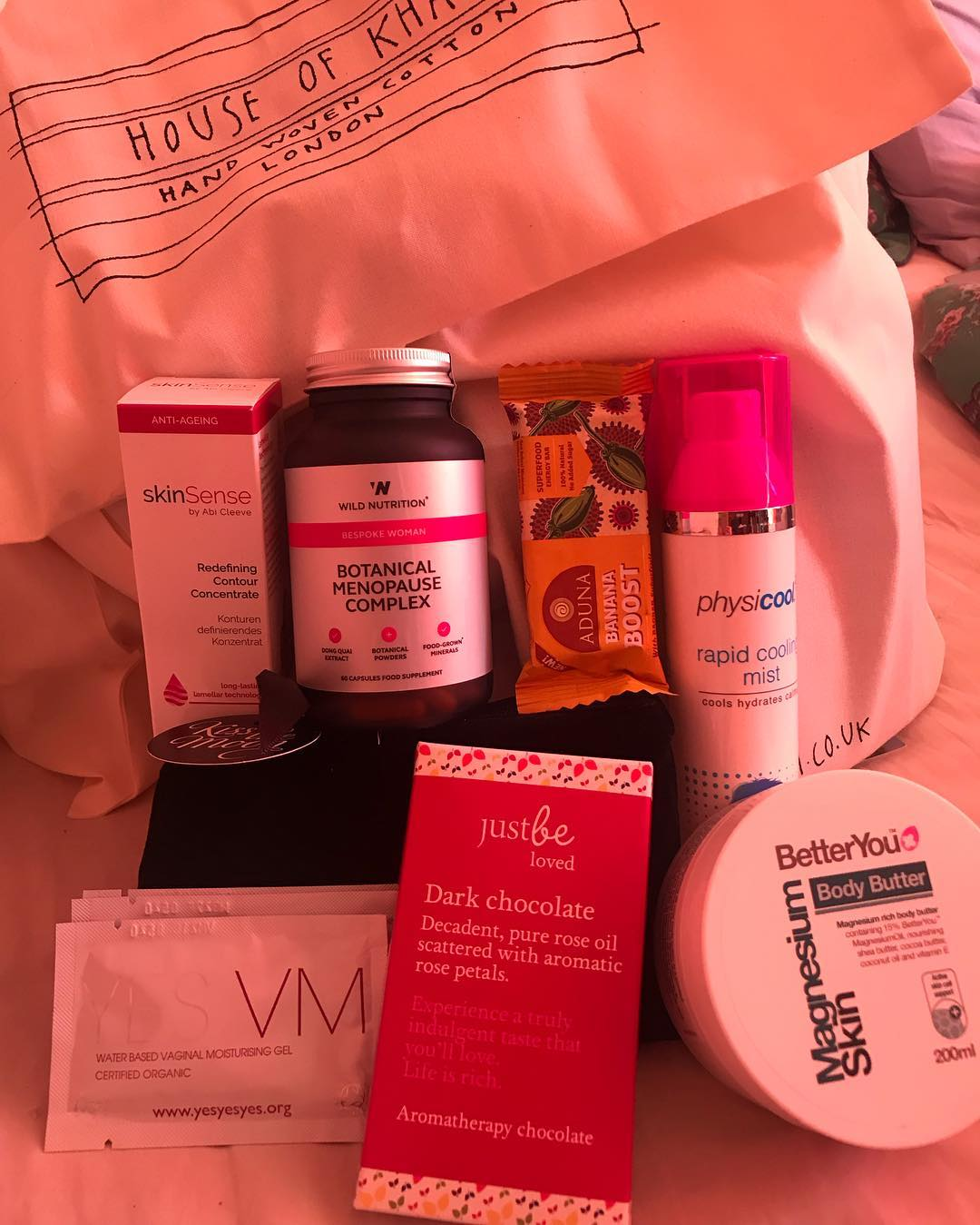 Menoheaven goodie bag Oct 2018.jpg
