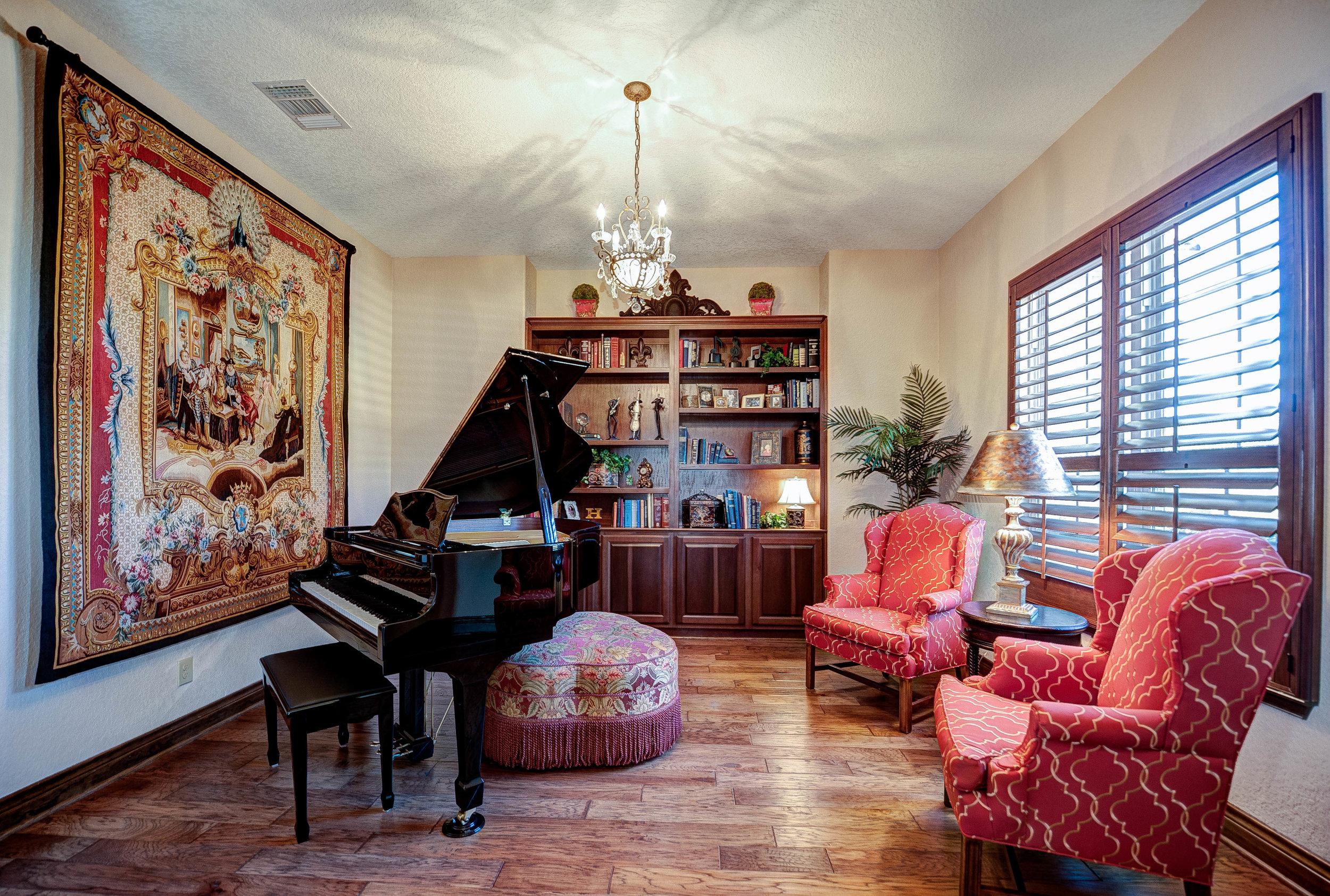 Texas Elegance - VIEW MORE >>