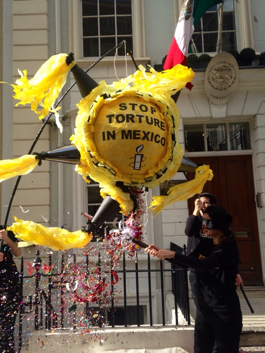 "Amnesty International's ""Piñata with a message"" - www.amnesty.org.uk"