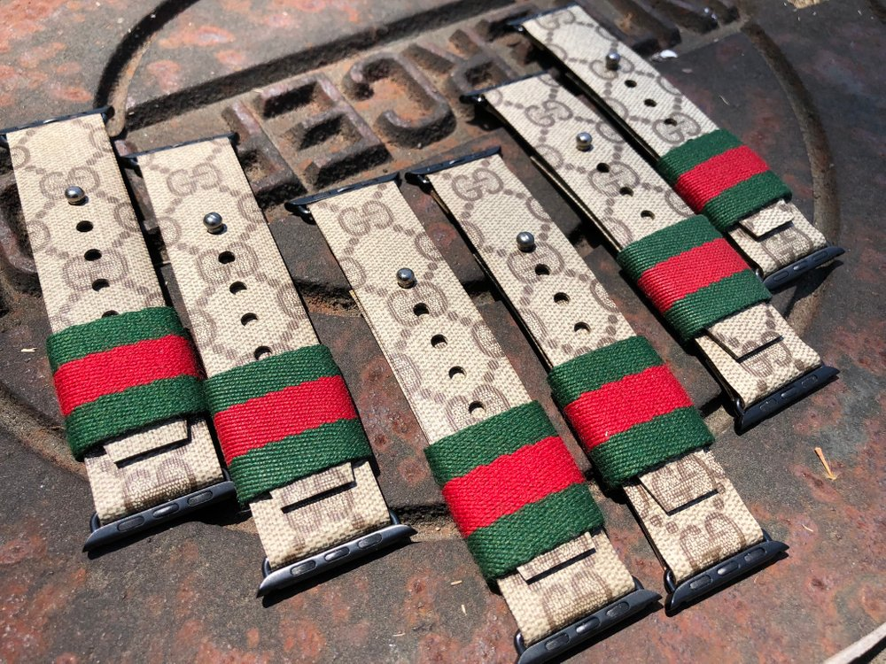 $120.00 Gucci Red and Green