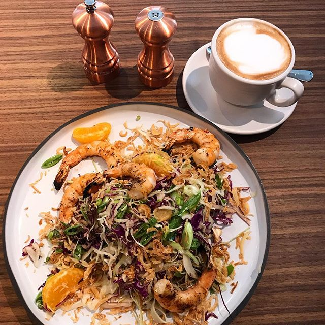 "This work lunch says, ""she's fancy and well read, and over uses words and phrases like 'influence,' 'narrative arc' and 'more shrimp please.'"" . . . . #bestsaladever #really #verygood #perfectshrimp #shrimp #grill #iwantagrill #slaw #asianslaw #citrus #oranges #latteart #latte #ilikeyoualatte #copper #saltandpepper #lunch #work #workinglunch"