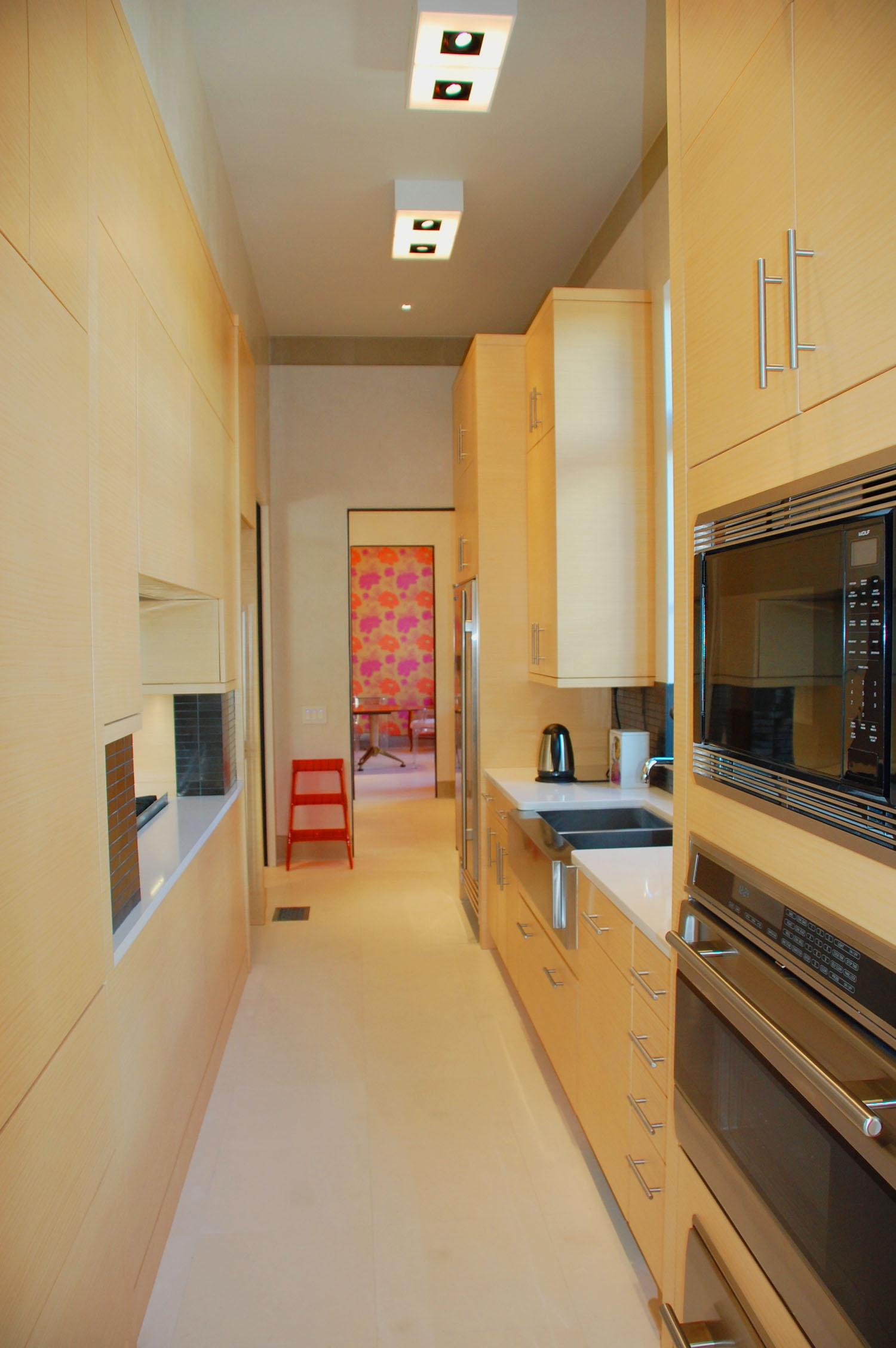 back_kitchen.jpg