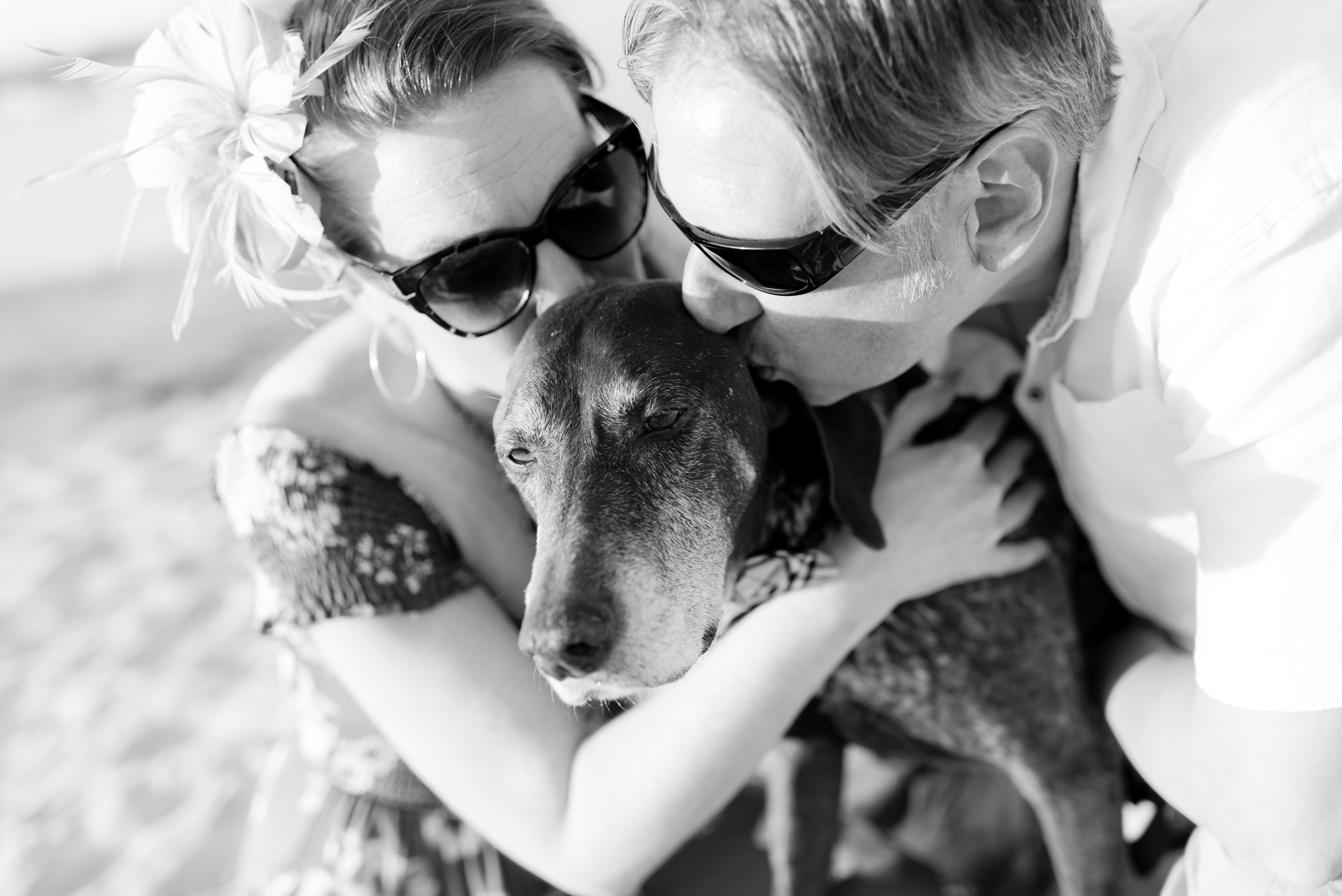 Blog_SeniorTails_JakeBagelWedding016.jpg