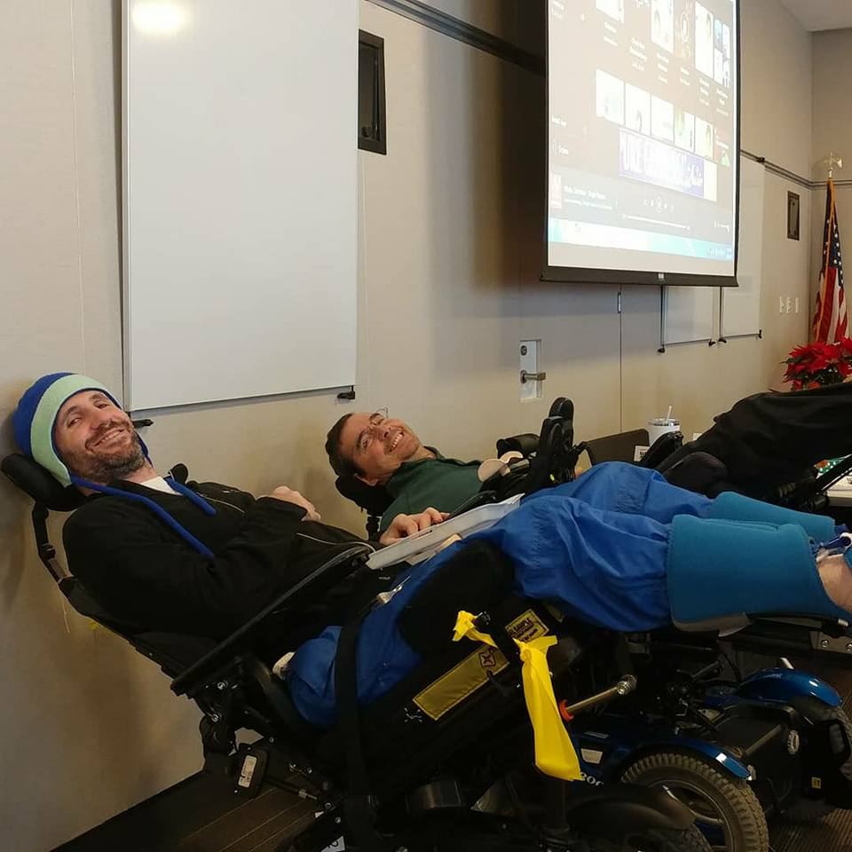 Steve Shope and Alex pressure relieving at one of our Spinal Source events. Not only is it important to do, but its very comfortable.