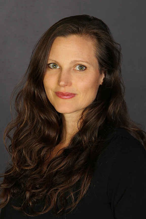 Eileen Hayes, MSW, RYT  Yoga Therapist