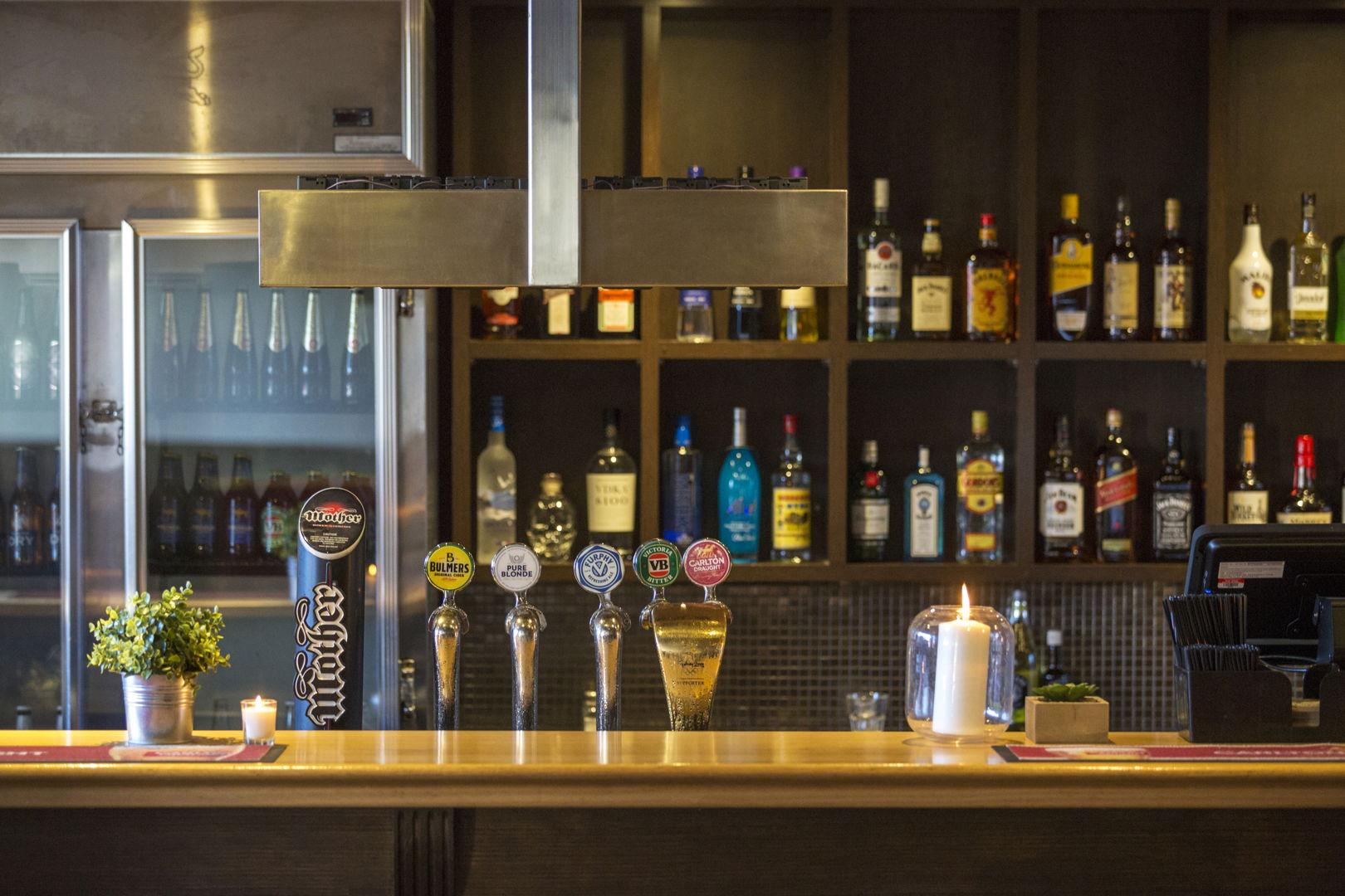 pier-hotel-flanagans-irish-bar (4).jpg