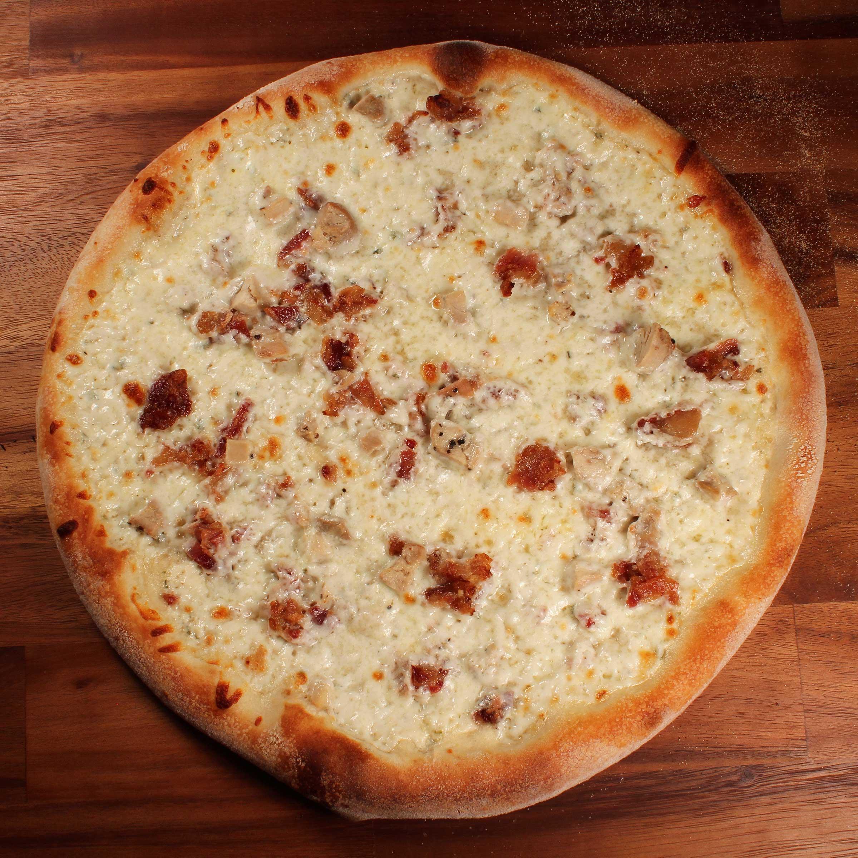 Shopeys_CHICKEN-BACON-RANCH_Pizza.jpg