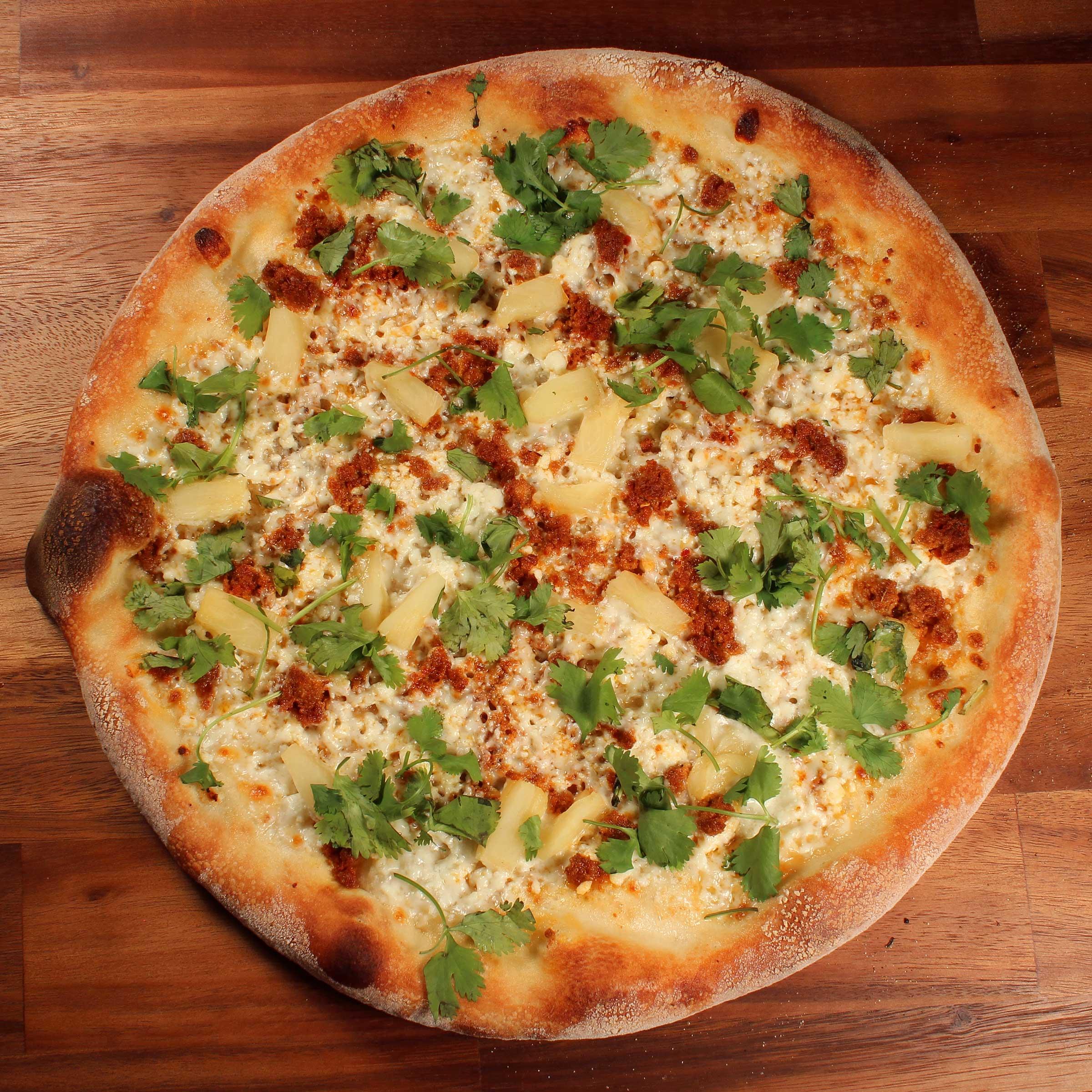 Shopeys_CHORIZO-&-PINEAPPLE_Pizza.jpg