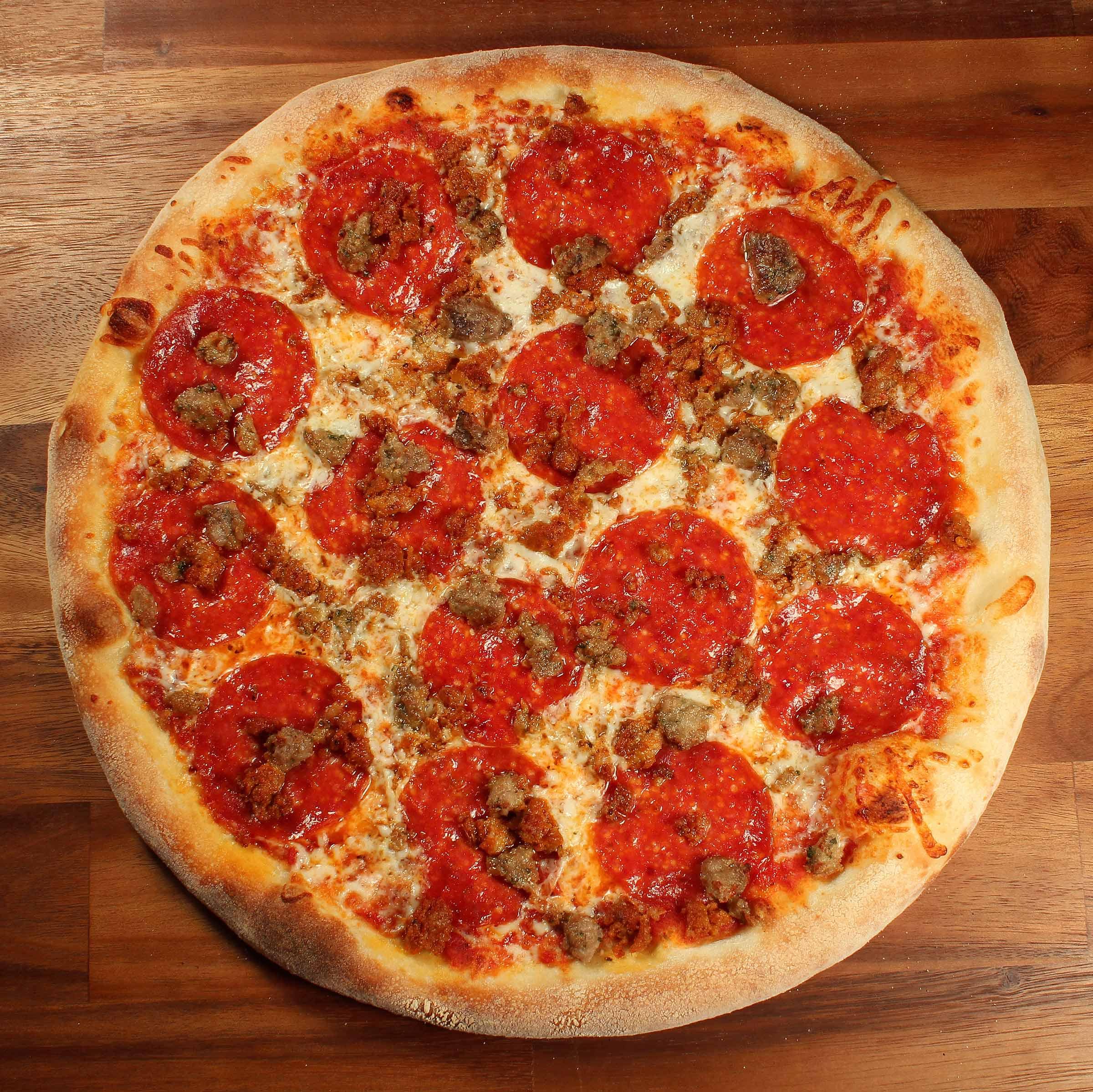 Shopeys_3-MEAT_Pizza.jpg