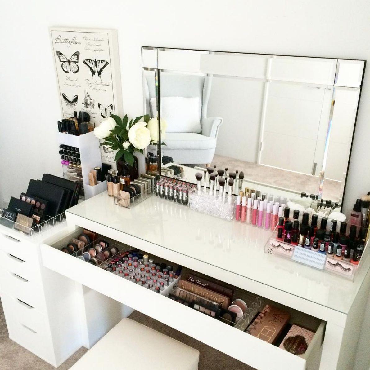 Vlogger Dressing Table Essentials