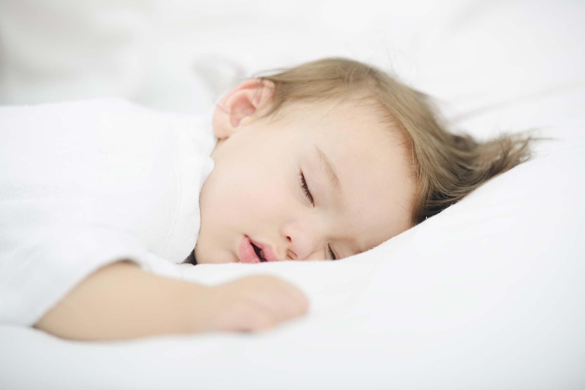 sleeping-baby_2000px.jpg