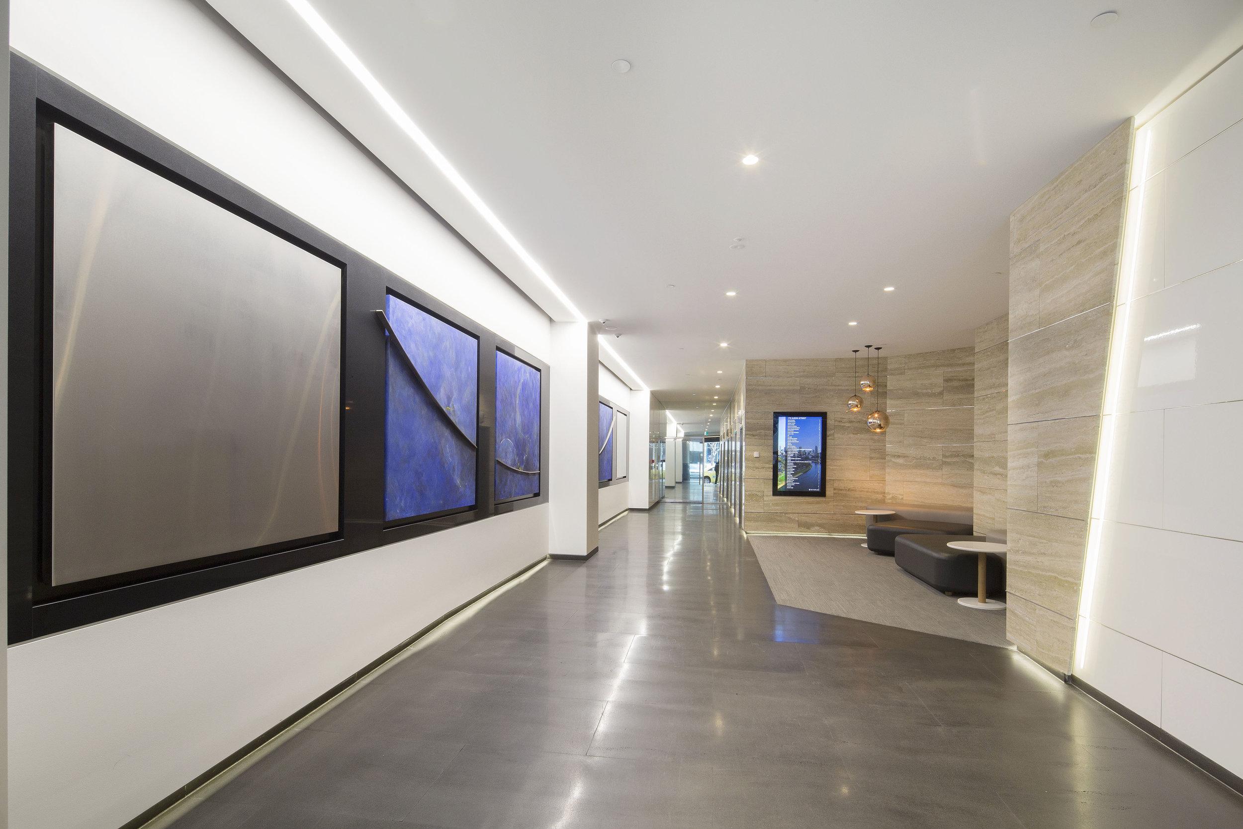 2 Foyer 1.jpg