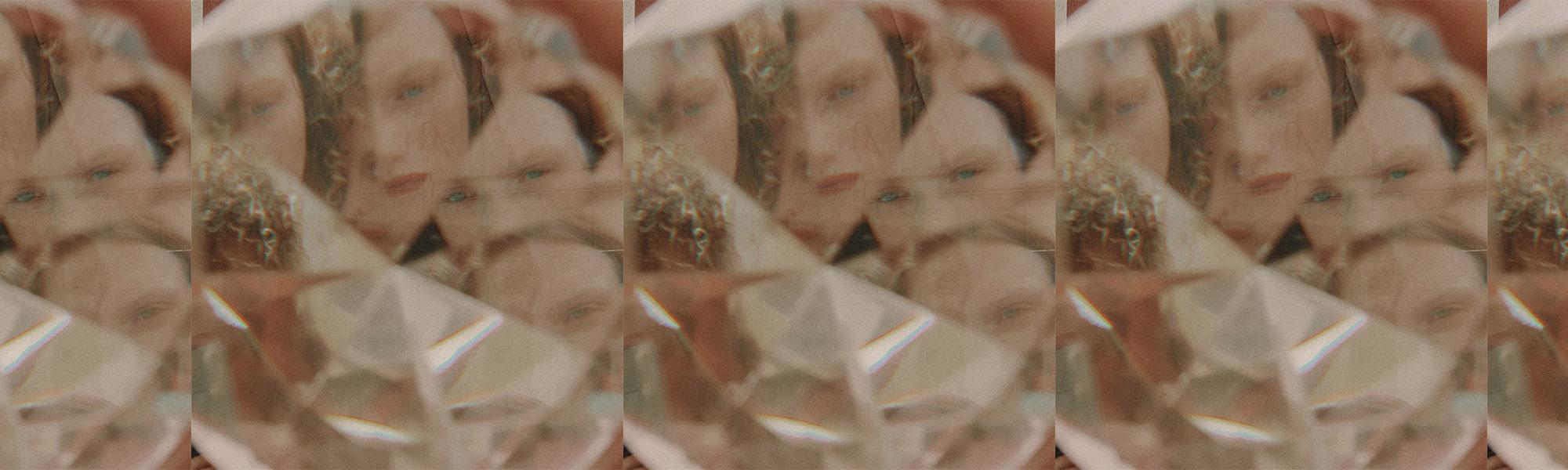 Photography   Izack Morales   Style   Chino Castilla     Art Director   Dali Project     Makeup     Ana G de V     Hair     Juan Carlos Arriola     Talents     Emi Red   ,    Megan Otnes     and   Gemma Janes     at     WANTED & BANG Management     Production     Ximena Morfín     Fashion Editor   Raúl Alvarez     Editor in Chief   Claudia Cándano