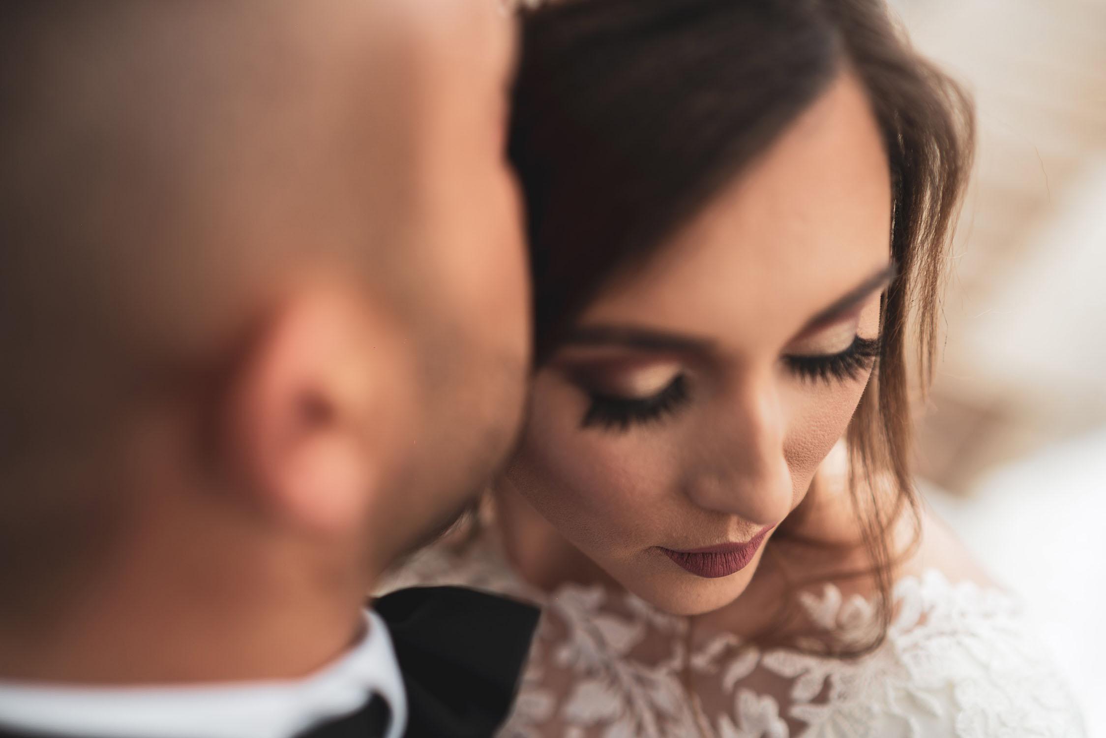 Braut mit geschlossenen Augen.jpg