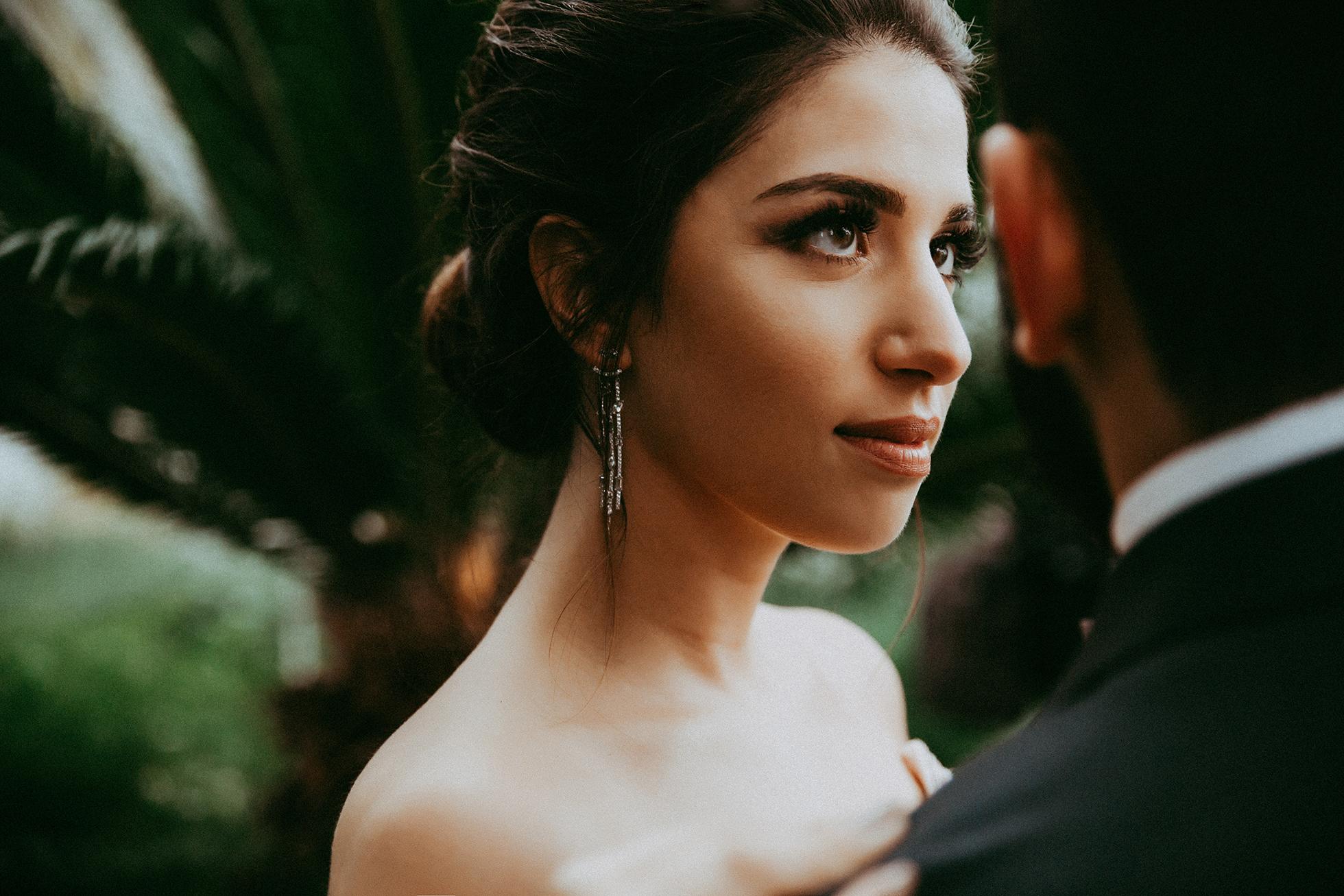 Braut und Bräutigam im Botanischen Garten.jpg