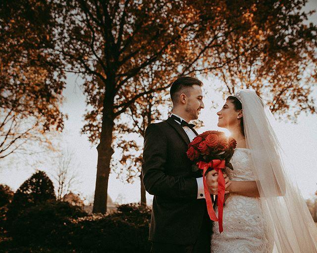 Two beautiful souls . . . . . #weddingnrw #weddingbliss #instabride #instawedding #fashionwedding #heywildweddings #06181010 #studiophotogram #hochzeitsfotografnrw