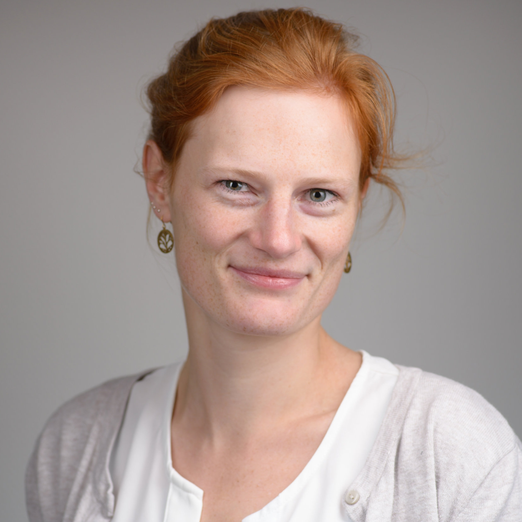 Michèle Nuijten - Assistant ProfessorImproving psychology via empirical research. Bias, errors, replication, & reproducibility. Co-developer of statcheck.Email - Website - Twitter