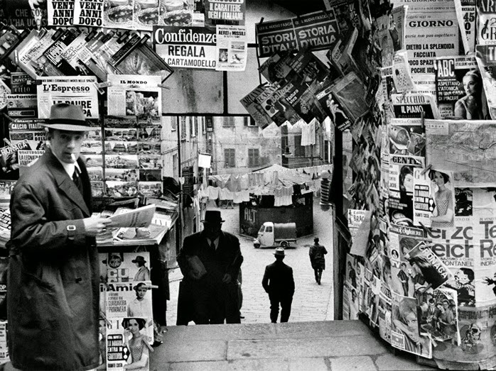 newspaper-magazine-kiosk.jpg