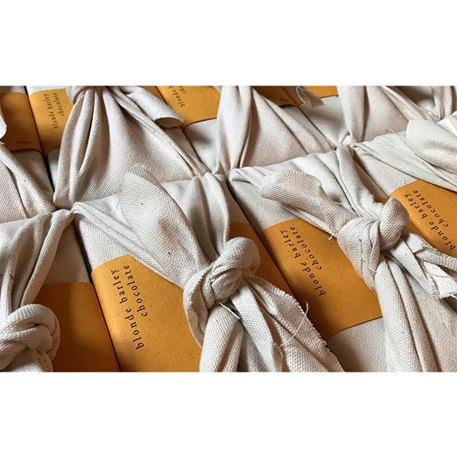 Sending this little barley haul off to @goodsixty for their Artisan by post Christmas press release. . . . Our blonde bars are made in micro batches with organic cane sugar and barley to create the most delicious caramel flavour. All hand wrapped in cotton calico with card band made from recycled  beer wrappers. Wholesale prices available to anyone wishing to stock these. DM for details or contact via the website. ☝️link in bio. . . . #blondebarley #vegan #chocolate #blondechocolate #goodsixty #harthtruffles #vegansofig #dairyfreechocolate #furoshiki #handmade #cottonwrap #artisan #sustainable #recyclable #madefromrecycledmaterials #shopindependent #smallbusiness