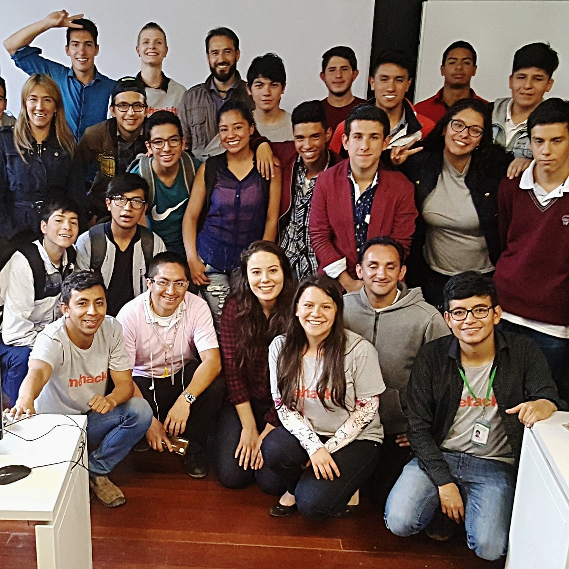EDUCATION SOUL - Educator training week for 20 educators and 400 students (Spring 2018, Bogota, Colombia)