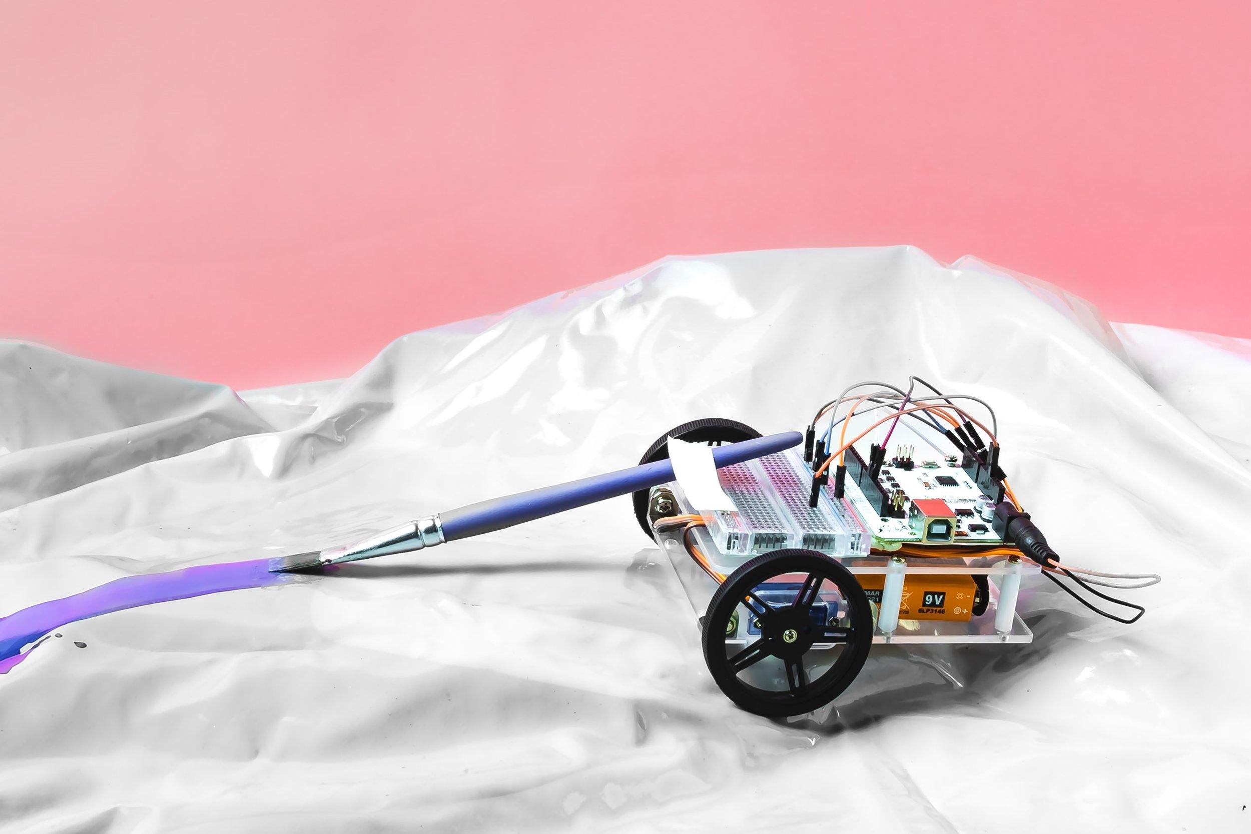 Maker_kit_moving_vehicle.jpg