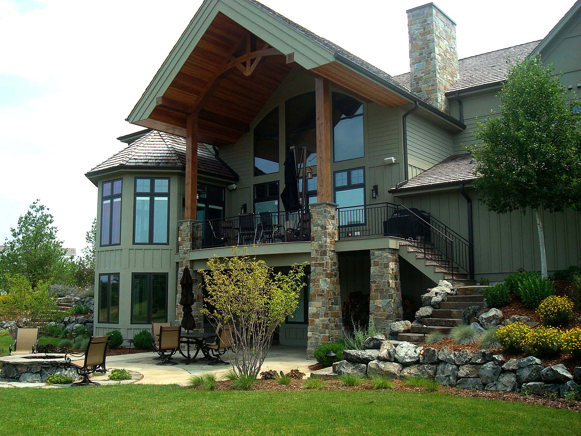 RMH_Lake_Country_Friends_Central_Back_Exterior.jpg
