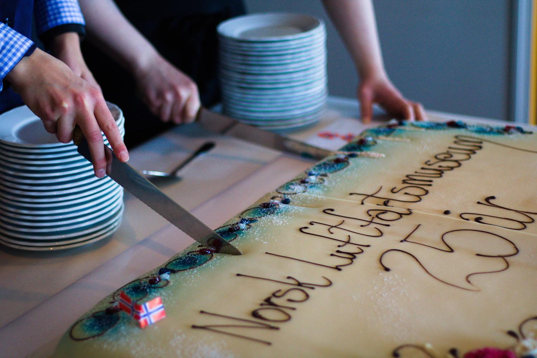 To store kaker fra Bodø Bakeri gikk unna under jubileet.