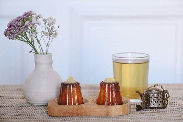 DIMANCHE SOUS LA PLUIE la solution: deux canolés et une tasse de thé  #teatime #cocooning #instafood #frenchpastries
