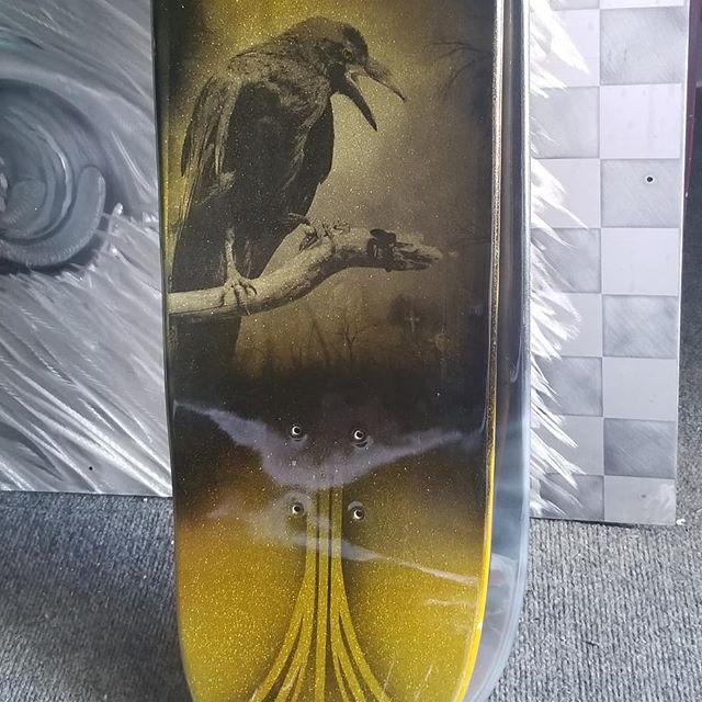 #simsdesigns #custompaint #skateboards @skateboardconnection