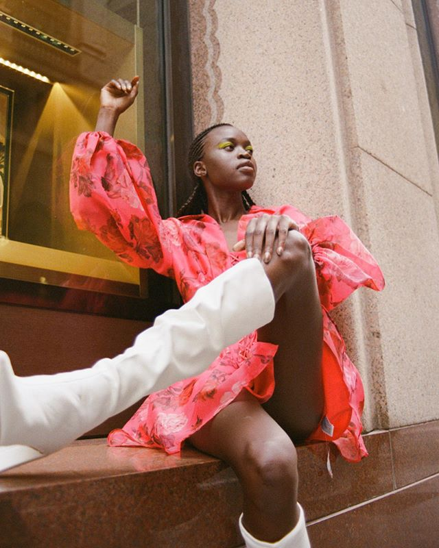 💥NYAWARGAK💥 Getting through the week like 💃🏾💃🏾💃🏾 @ladygunn #editorial by @oliviarepaci • #RinModels #RinWomen #NyawargakGatluak #Ladygunn