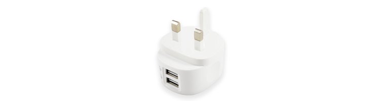 iSix---AC-USB-charger-2.4A-with-2-outputs.jpg