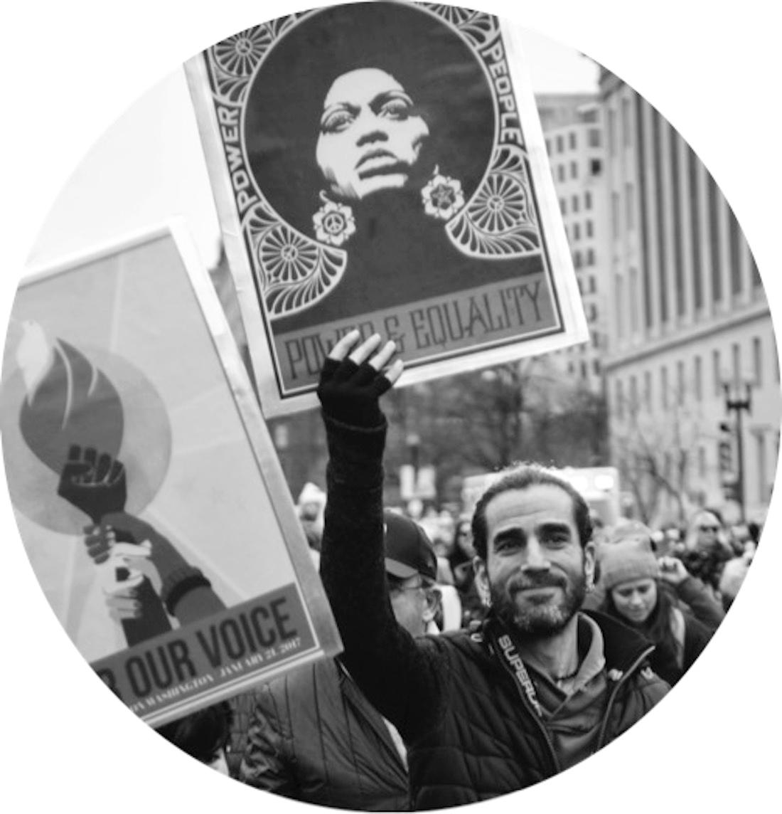 Chief Activist - RobtSeda-Schreiber