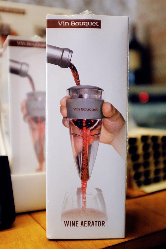 vin-bouquet-wine-aerator-stand-set.jpg