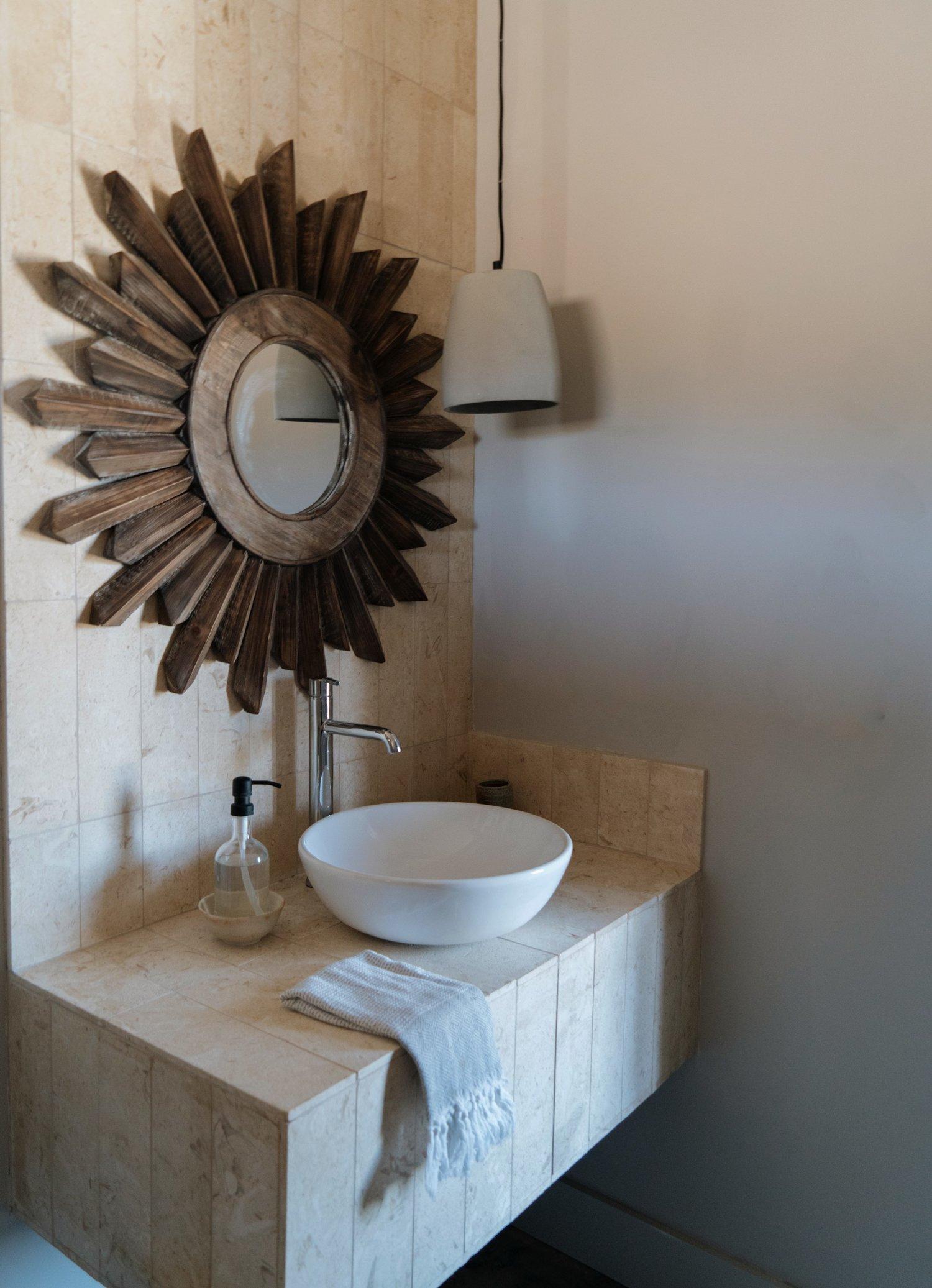 No.+4+Bathroom.jpg