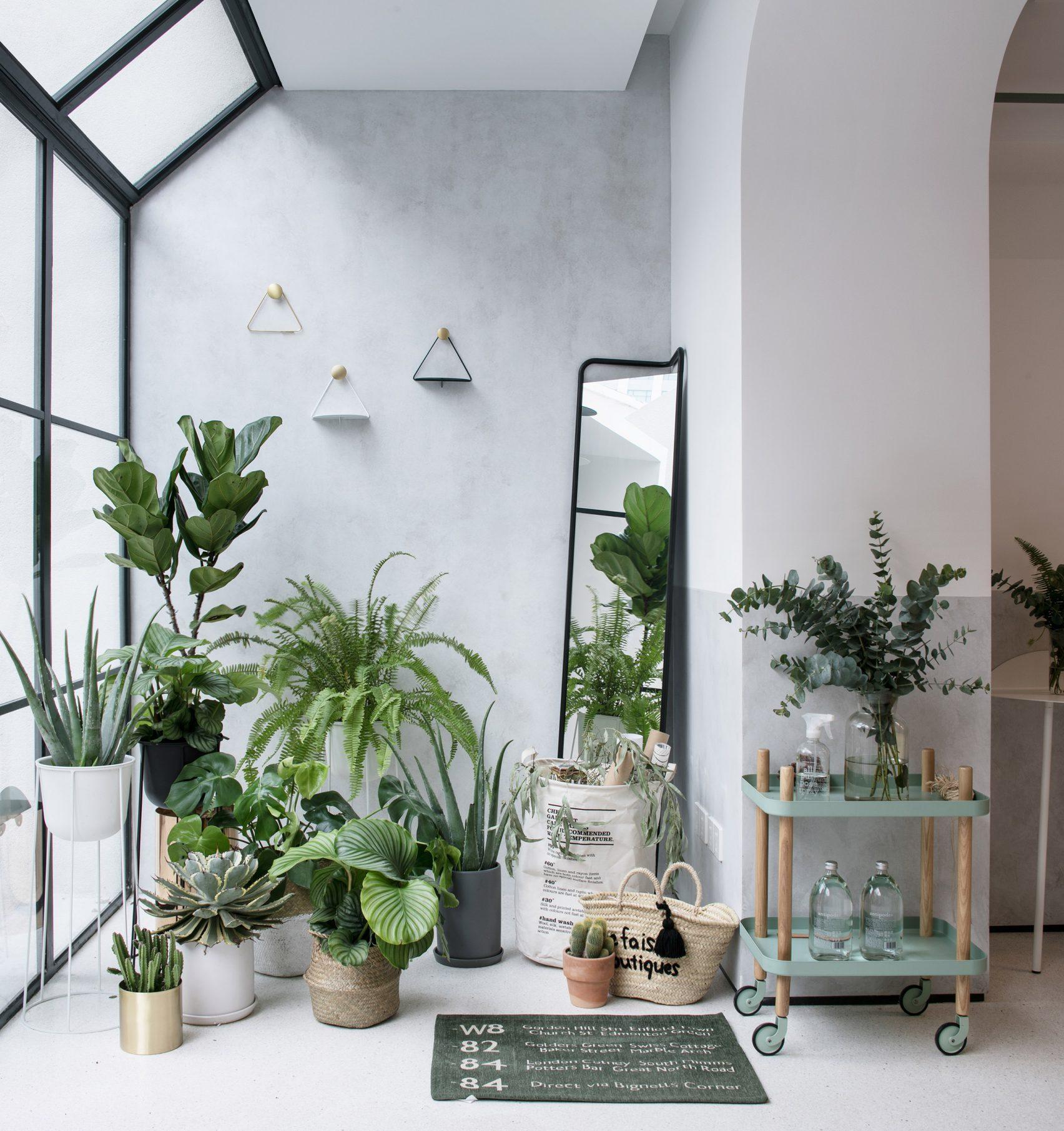 a-white-house-a-growing-home-lk-rigi-design_dezeen_2364_col_4-1704x1810.jpg