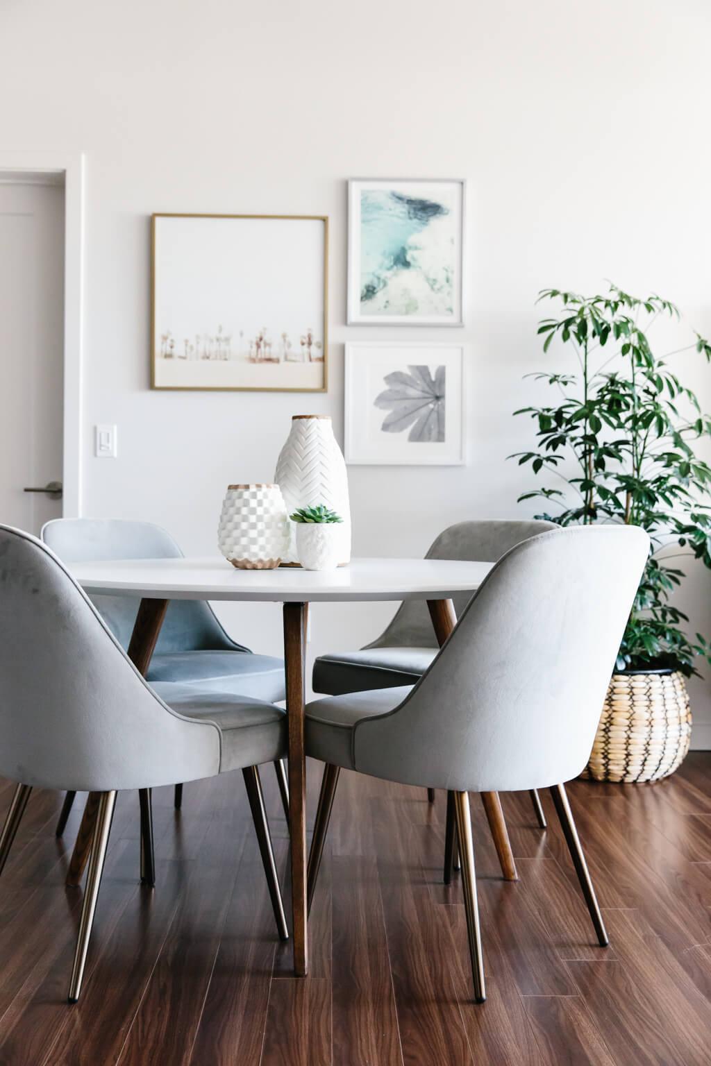modern-minimalist-living-room-tour-19.jpg