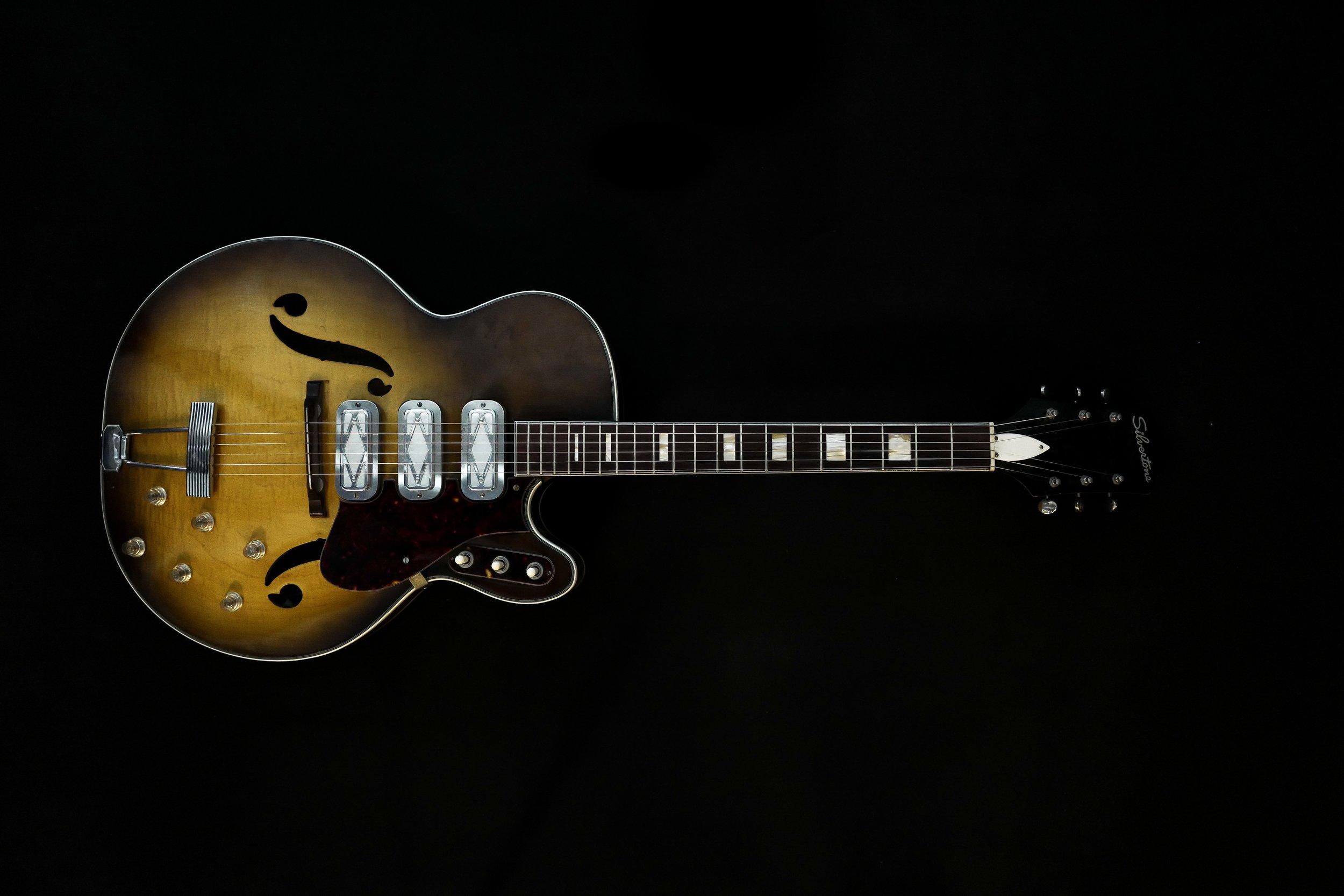 1960 Silvertone 1429