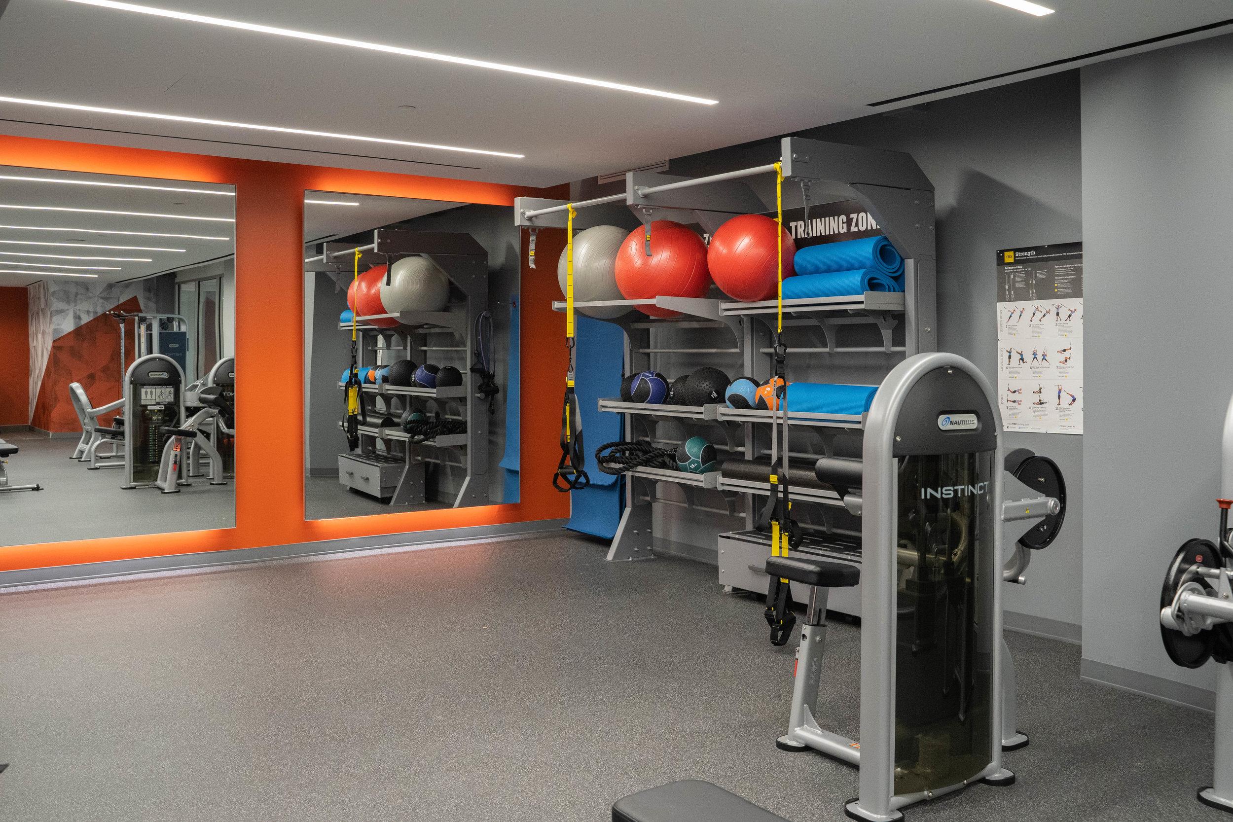 Fitness Center 04.jpg