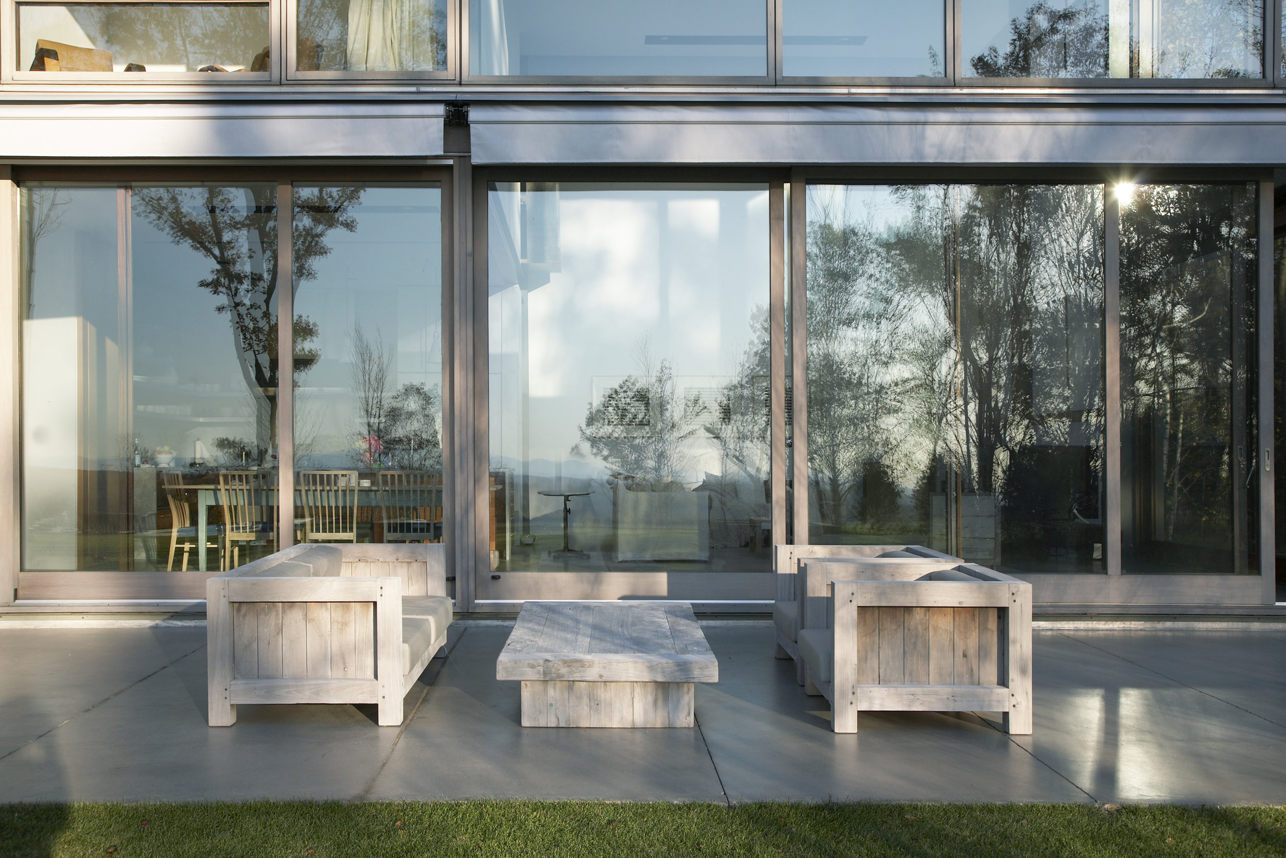 ExteriorSeating-TriaGiovanPhotography-001609.jpg