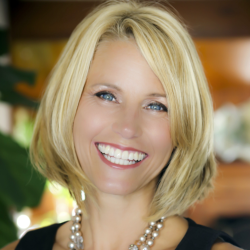 MaryCay Durrant, MBA - MaryCay brings a wealth of Professional Services experience, having held senior leadership positions with both Thomson Reuters and Westlaw prior to joining FMG Leading.