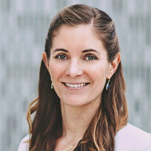 Erin Rocchio, MPOD - Erin came to FMG Leading from the education sector, where she designed and implemented women's leadership programs, drove marketing efforts, and managed large events.
