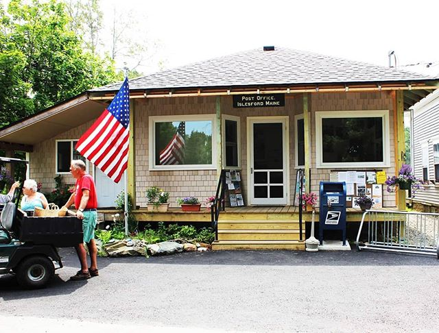 We get our mail like everyone else, after it takes a ride on the mail boat, and the post office golf cart. #charming #postoffice #america #uspostoffice #tinyposoffice #pobox #islesfordmaine #04646 #snailmail #mailboat #islandlife