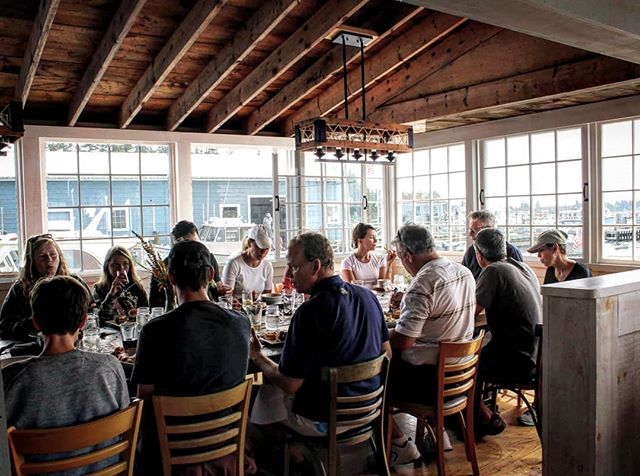 Celebrate your next special occasion in our communal room.  www.islesforddock.com/reservations  #islesfordmaine #bigtable #islandlife #coastalliving #mainevacation #maineisland #islesforddock #islesforddockrestaurantandgallery #littlecranberryisland